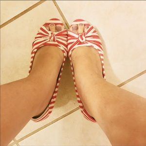 Shoe dazzle stripe canvas knotted wedges